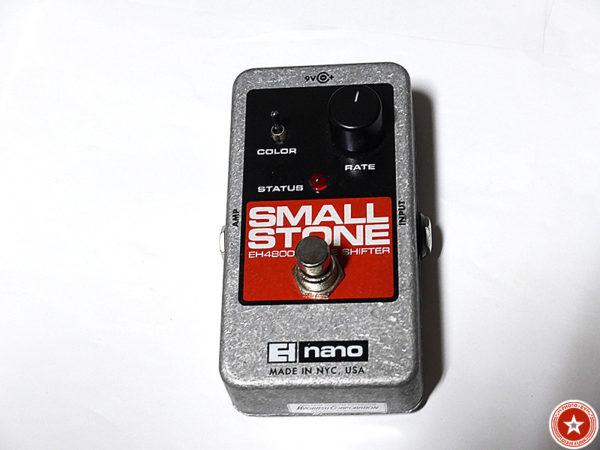 【フェイザーの名機】エレクトロ・ハーモニックスの『Small Stone nano』をご紹介したブログ記事の写真1枚目