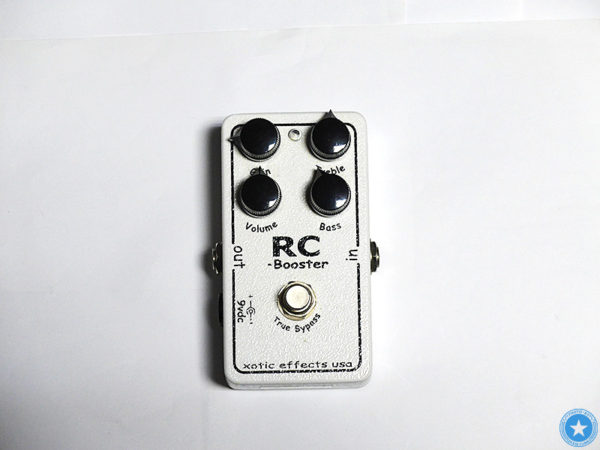 【AC BoosterにRC BoosterにXW-1】 Xoticお気に入りのエフェクターをご紹介したブログ記事の写真1枚目