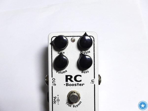 【AC BoosterにRC BoosterにXW-1】 Xoticお気に入りのエフェクターをご紹介したブログ記事の写真3枚目