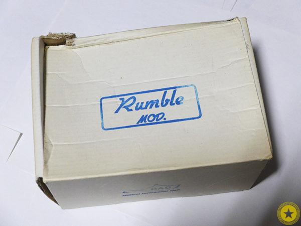 僕のお気に入りのエフェクターをご紹介しているブログ記事シリーズです。『HAO Rumble MOD.』をご紹介したブログ記事の写真1枚目