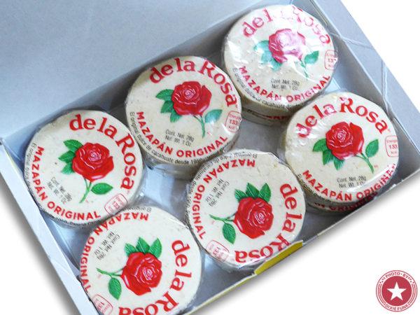 メキシコ のお土産で頂いたデ・ラ・ロサ(De La Rosa)社が販売している伝統菓子『マザパン』を食べた感想を書いたブログ記事の画像2枚目